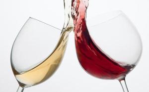 Alkoholfritt vin i olika färg