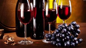 Rödvin och blå druvor