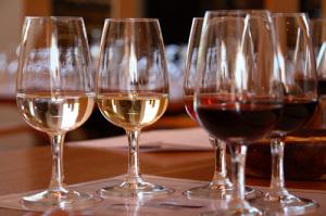 Vinglas på vinprovning